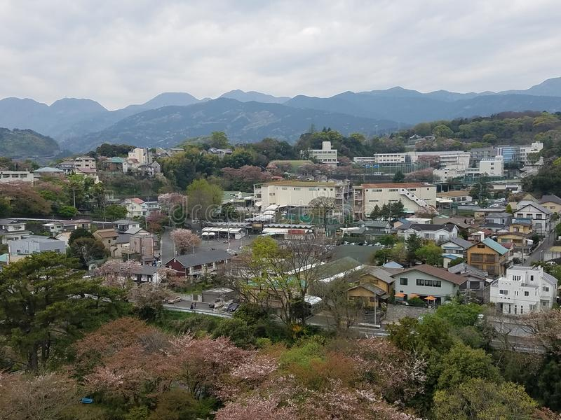 De stadsmening van het Odawarakasteel in Japan stock foto's