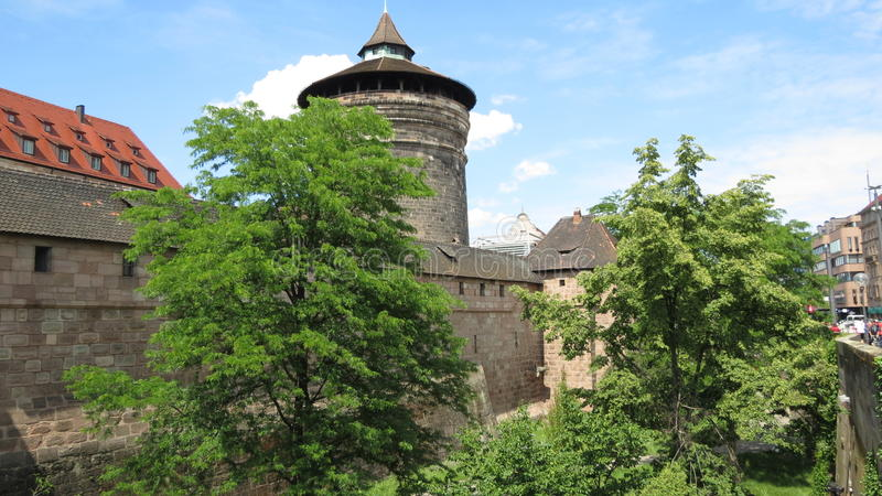 De Stadsmuren van Nuremberg stock fotografie