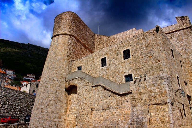 De stadsmuren van de oude stad van Dubrovnik stock foto