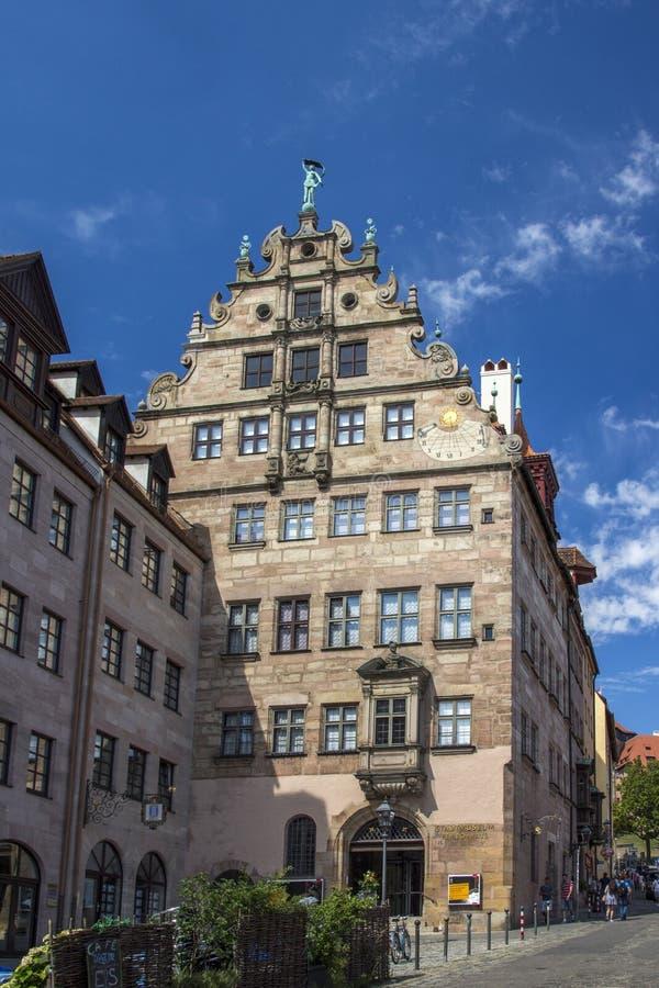 De Stadsmuseum van het Fembohuis van Nuremberg, Duitsland, 2015 royalty-vrije stock foto's