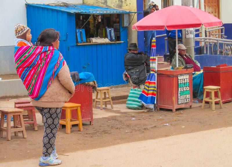 De stadsstraat van Bolivië stock foto's