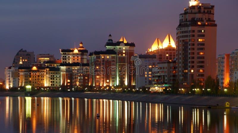 De stadswaterkant van Astana stock fotografie