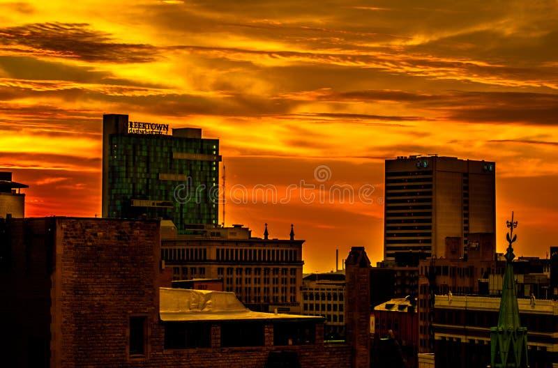 De Stadszonsopgang van Detroit stock fotografie