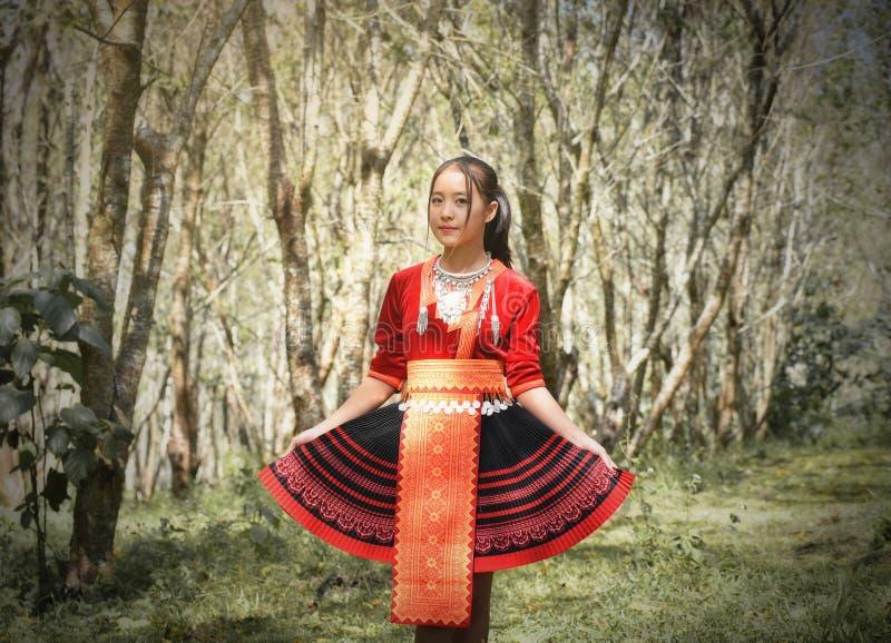 De stamvrouw van de Hmongheuvel royalty-vrije stock afbeeldingen