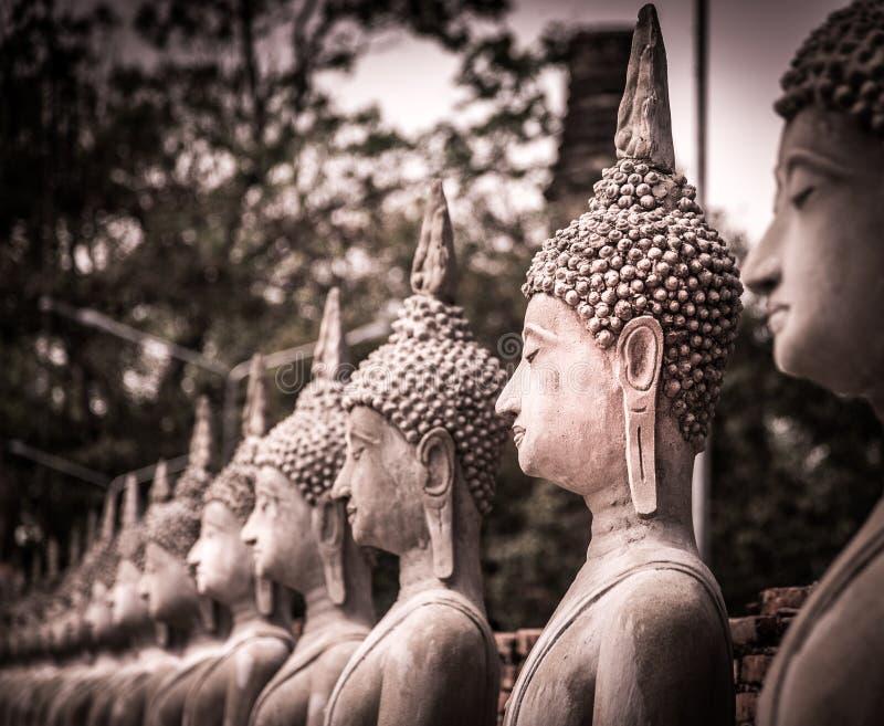 De standbeelden van Boedha in Thailand stock foto's