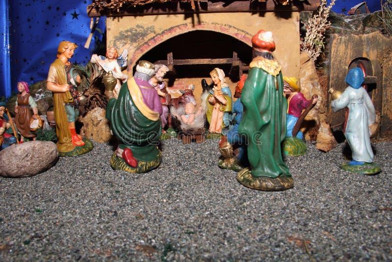 De standbeelden van de traditionele Italiaanse geboorte van Christusscène stock fotografie