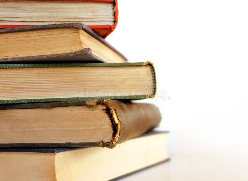 De stapel van boeken stock afbeeldingen