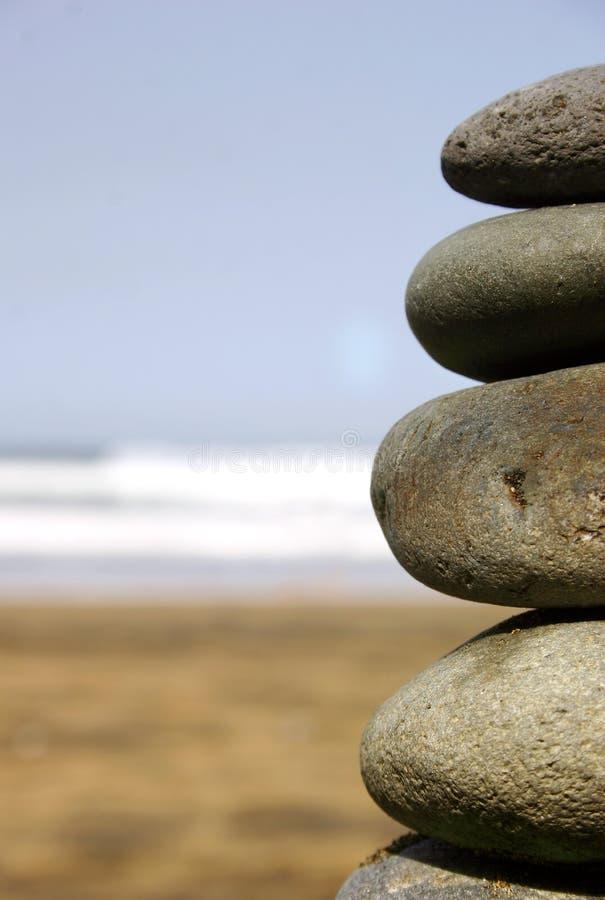 Download De Stapel van de steen stock foto. Afbeelding bestaande uit ronde - 279168