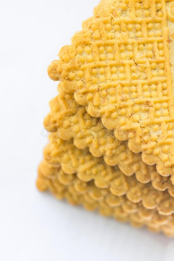 De stapel van Huis bakte Boterachtige Havermeelzandkoek Sugar Cookies Gevormde Koekjes Witte achtergrond Bakselconcept royalty-vrije stock foto's