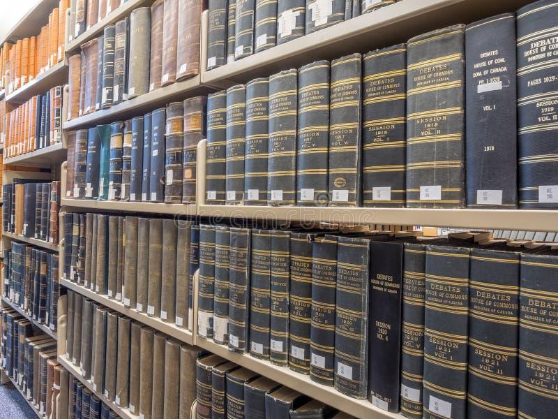 De stapels van de wetsbibliotheek stock afbeeldingen