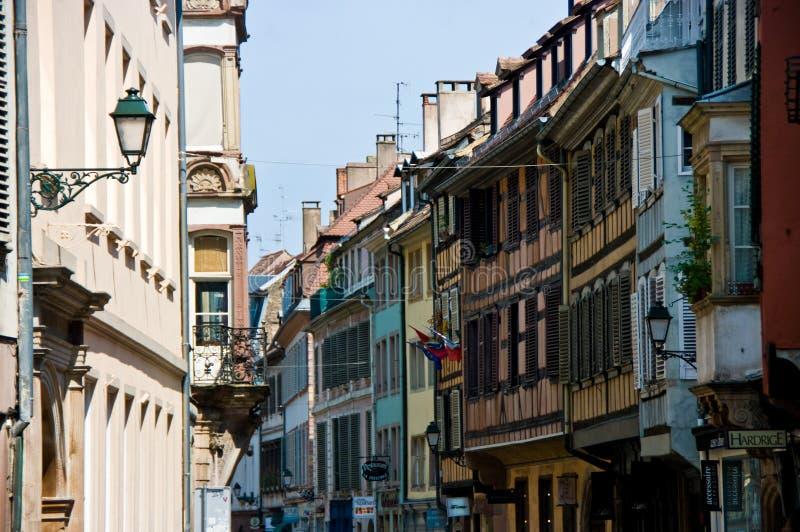 De stedelijke architectuur van Frankrijk Strasborg in de zomer stock fotografie