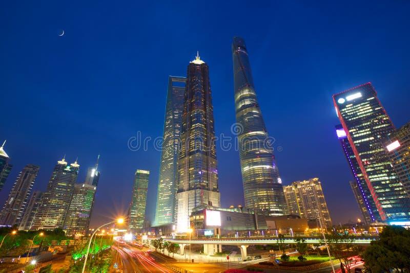 De stedelijke wolkenkrabbers van Shanghai stock foto