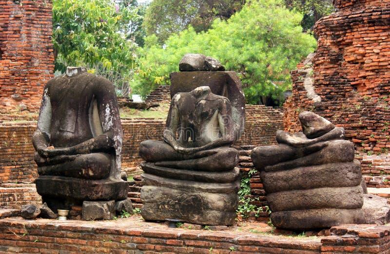 De steen blijft van de beeldhouwwerken van Boedha in Wat Phra Sri Sanphet Ayutthaya, Thailand stock foto's