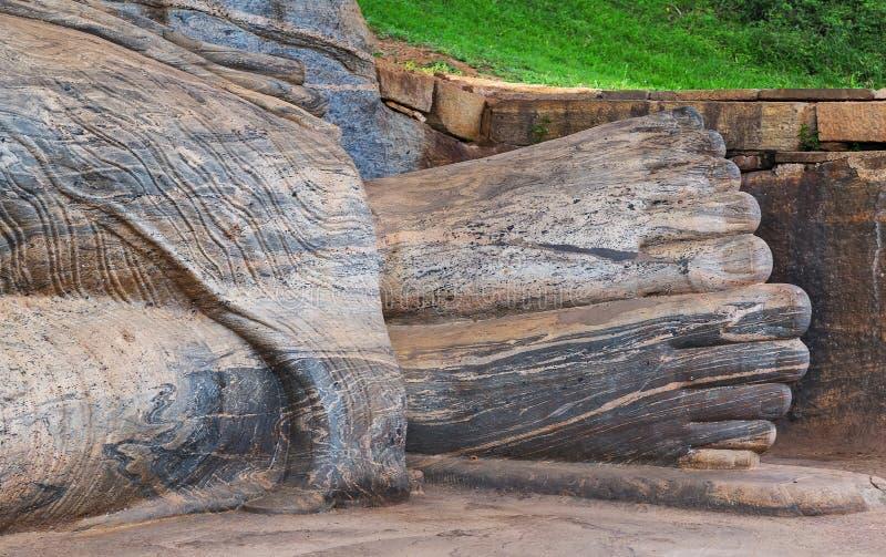 De steen Boedha in Gal Vihara van Polonnaruwa blijft als koninklijk royalty-vrije stock afbeelding