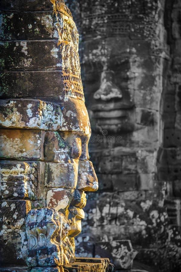 De steengezichten bij de bayontempel in siem oogsten, Kambodja 13 royalty-vrije stock foto's