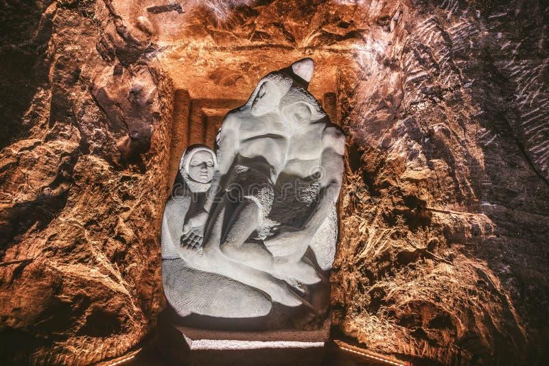 De steenstandbeeld van Jesus in de Zoute Kathedraal van Zipaquira, Bogota, Colombia royalty-vrije stock foto