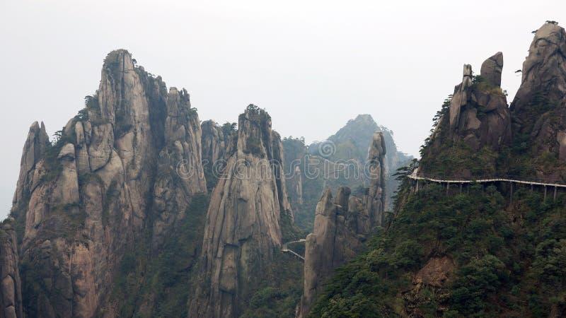 De steile heuvels en het foodway overschot een klip stock afbeelding