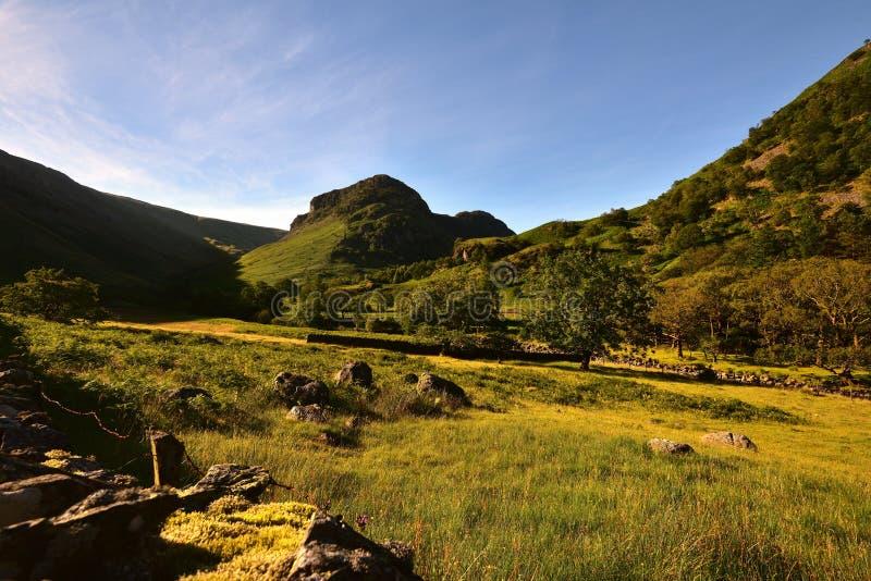De Steile rots van Eagle Crag en van de Sergeant royalty-vrije stock afbeelding
