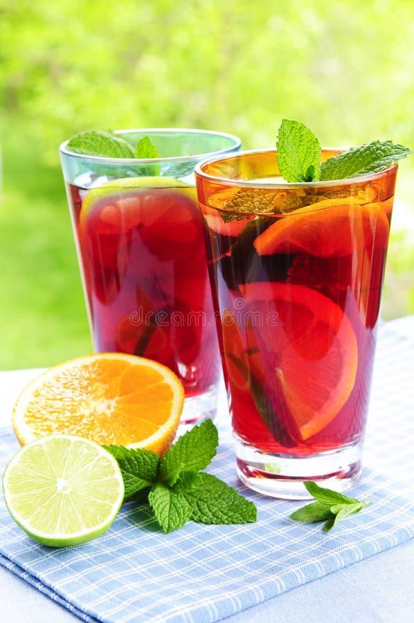 De stempel van het fruit in glazen stock afbeelding