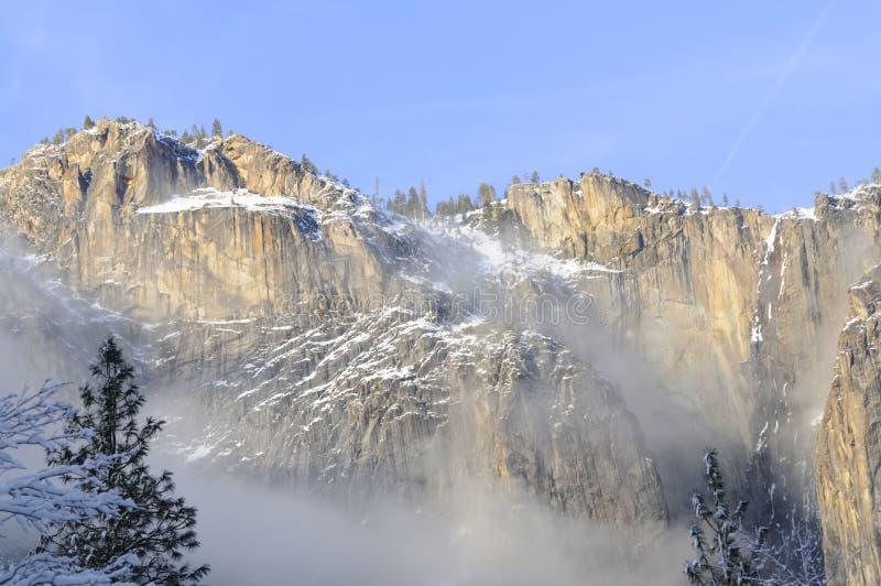 De stijging van de zon van vallei Yosemite royalty-vrije stock foto