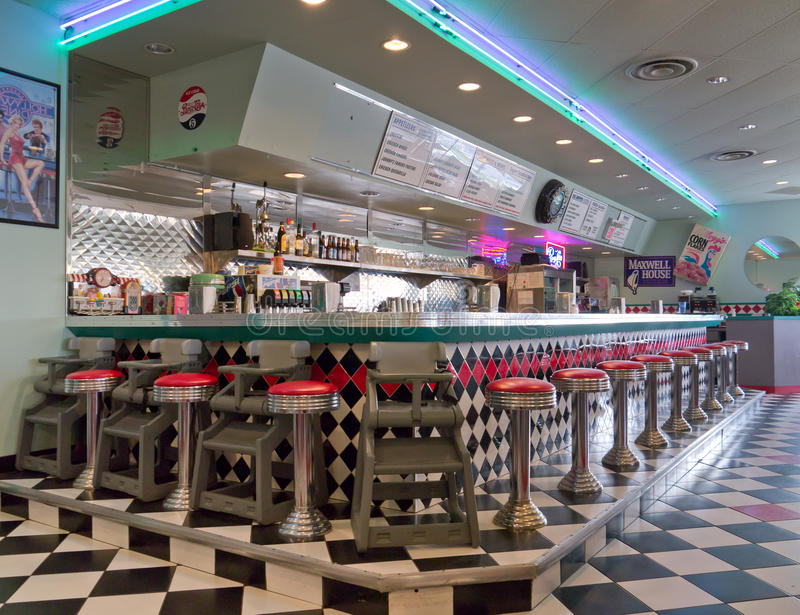 de stijl oud restaurant van 1950 stock foto's