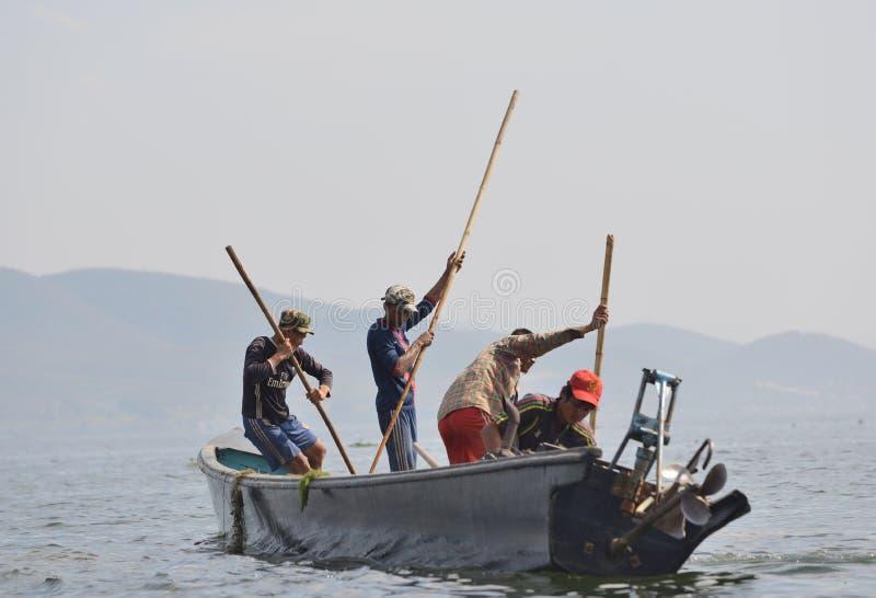 De stijl van Birma de fishman boot van de visserijkano royalty-vrije stock afbeelding