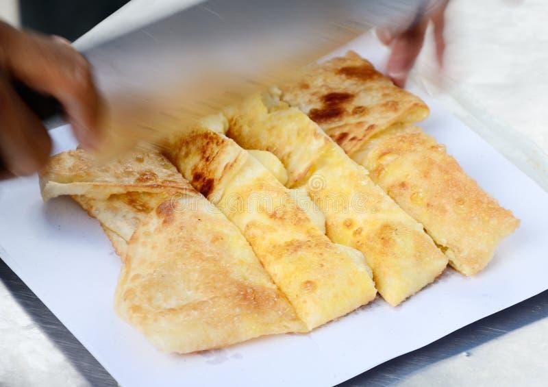 De stijl van het dessert van gebraden Roti met banaan in Thailand stock afbeelding