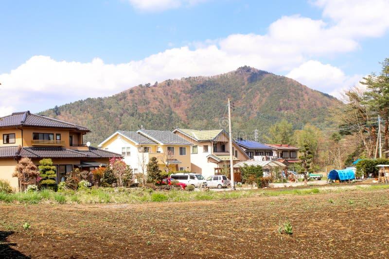 De stijl van Japan van het meningshuis voor de berg in Hakone stock foto