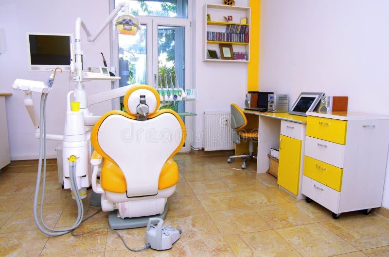 De stoel van de tandarts stock foto