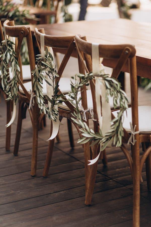 De stoel van het Bohohuwelijk met ecodecor voor gasten stock foto