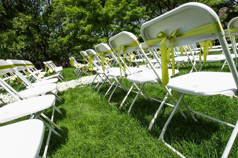 Download De stoel van het huwelijk stock afbeelding. Afbeelding bestaande uit dekking - 29502867