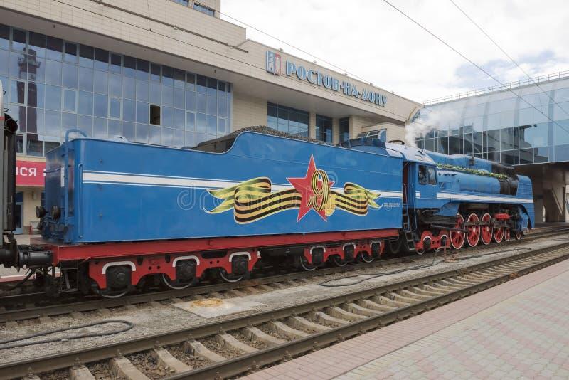 Download De Stoomlocomotief Van De Sovjet-snelheidspassagier Stock Afbeelding - Afbeelding bestaande uit snelheid, single: 54078983