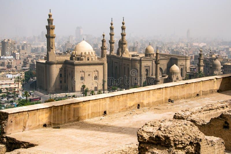 De stora moskéerna av Sultan Hassan och al-Rifai i Kairo - Egypten arkivbild
