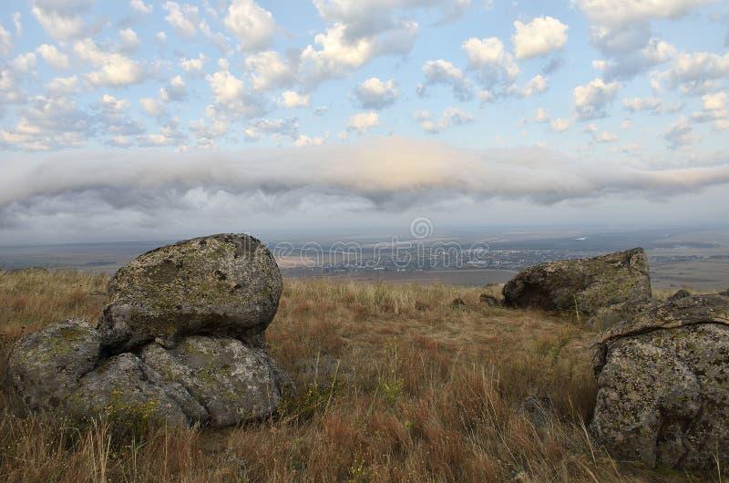 De stora stenarna i sunse, t Dobrogea, Rumänien royaltyfria bilder