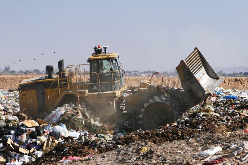 De Stortplaats van het afval stock afbeelding