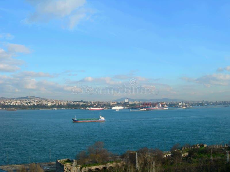 De Straat van Bosphorus, Istanboel, Turkije stock afbeeldingen