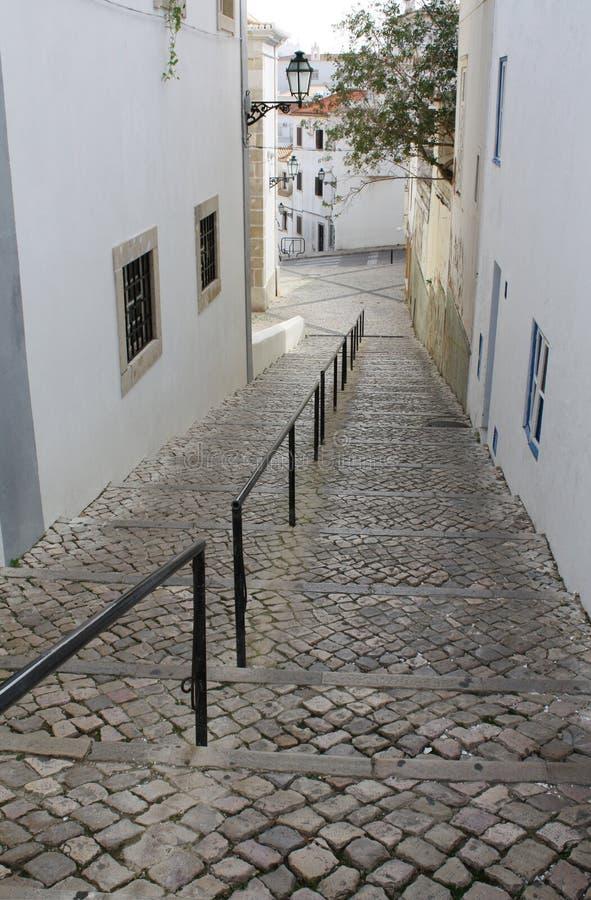 De Straat van Cobblestoned in Albufeira, Portugal royalty-vrije stock foto's
