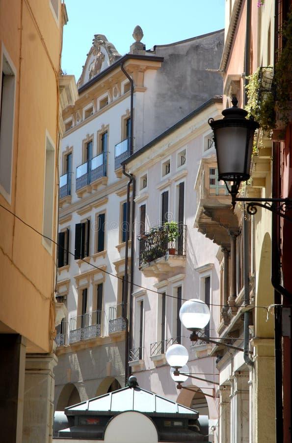 De straat van de binnenstad in Padua in Veneto (Italië) stock afbeeldingen