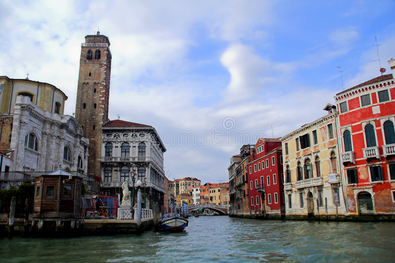 De straat van het water in Venetië, Italië royalty-vrije stock foto's