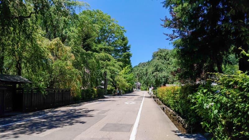 De Straat van Kakunodatebukeyashiki Kakunodate is beroemd door Bukeyashiki (samoeraienwoonplaatsen) stock afbeeldingen