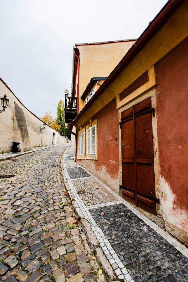 De Straat van Novysvet bij Hradcany-district, Praag, Tsjechische Republiek stock afbeeldingen