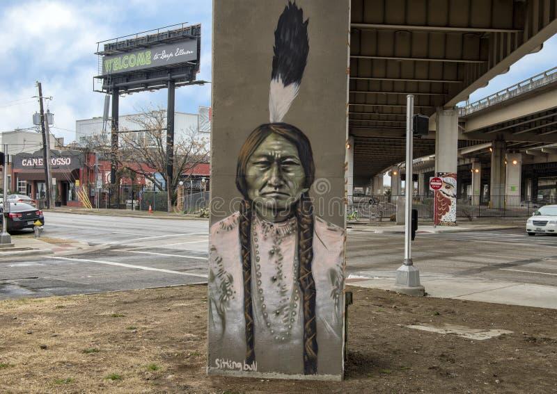 De straatkunst van de zittingsstier, Diepe Ellum, Texas royalty-vrije stock foto's