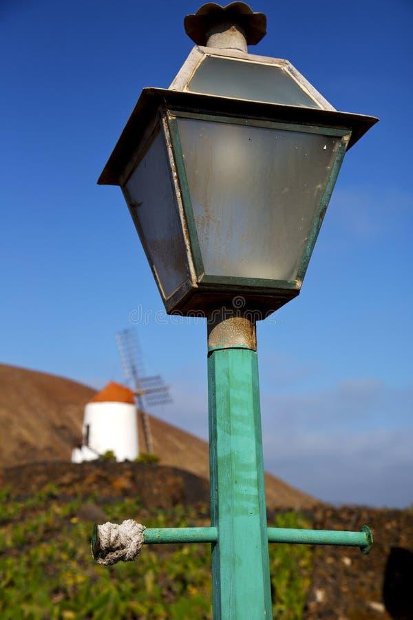 de straatlantaarn van windmolensspanje een bol stock foto's