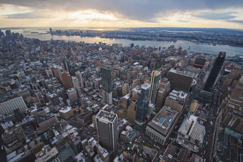 De straatmening van Manhattan van Empire State Building in de Stad van New York stock foto
