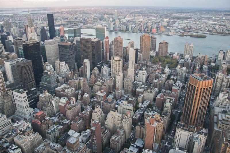 De straatmening van Manhattan van Empire State Building in de Stad van New York stock afbeeldingen