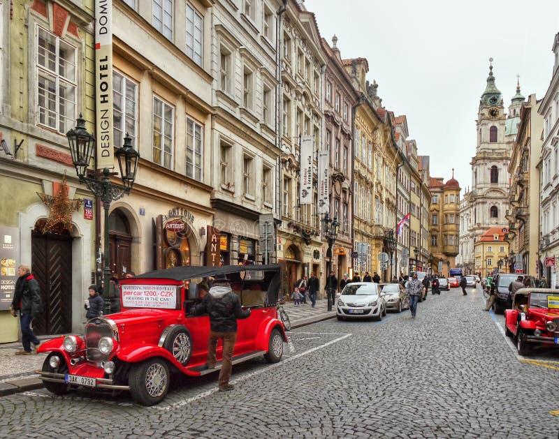 De straatscène van Praag royalty-vrije stock afbeelding