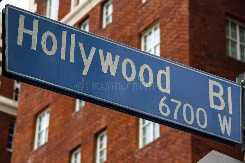 De straatteken van de Hollywoodboulevard stock foto's