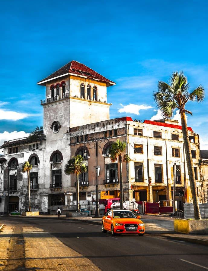 De Straatverkeer van Cuba Havana Old City Audi Cars Florida royalty-vrije stock foto's