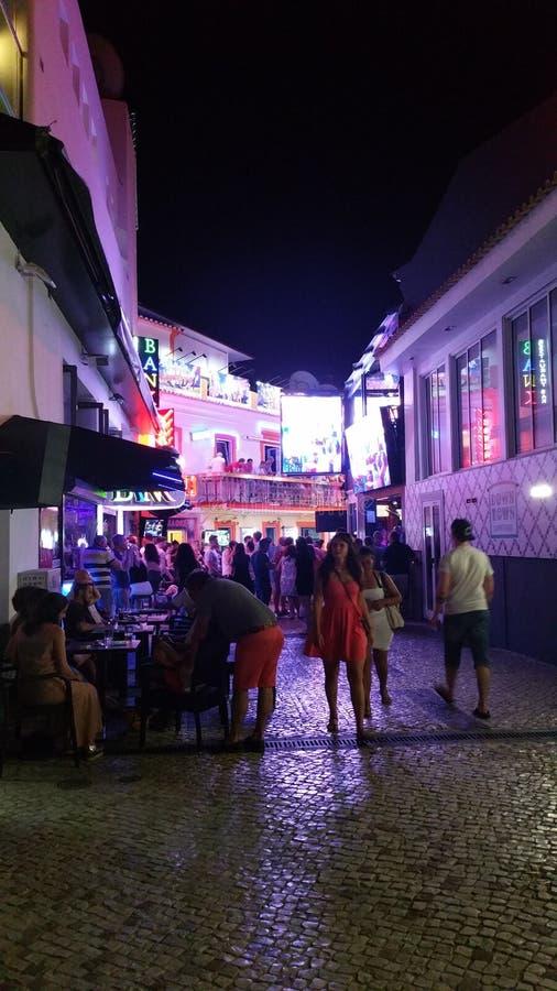 De straten van de neonstad royalty-vrije stock foto