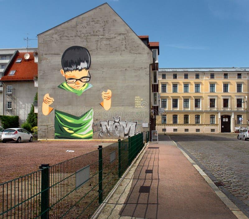 De straten van de oude stad van Dessau duitsland stock afbeeldingen